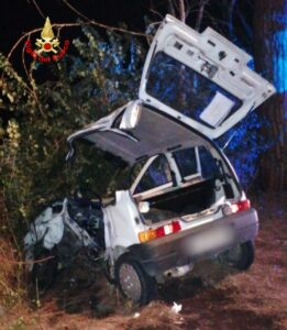 Latina: incidente stradale
