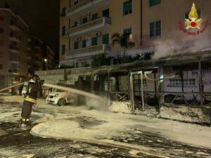 Roma: incendio autobus
