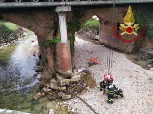 Frosinone: recupero di un reperto archeologico