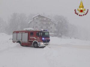 Roma: interventi per neve