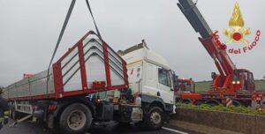 Frosinone: incidente stradale sulla A1