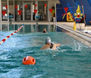 Roma: corso di salvamento a nuoto presso le Scuole Centrali Antincendio