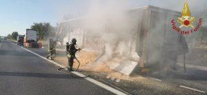 Frosinone: incendio sulla A1